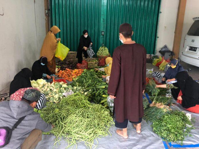 DSKS bagikan paket sayuran